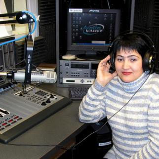 Shahodat Saibnazarova, IWPR editor in charge of the radio project in Tajikistan. (Photo: IWPR)