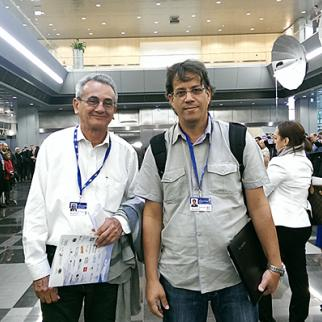 Cuban journalists José Antonio Fornaris (left) and Odelín Alfonso Torna at UNESCO's Let Journalism Thrive! event in Riga, May 3-4, 2015. (Photo courtesy of Odelín Alfonso Torna)