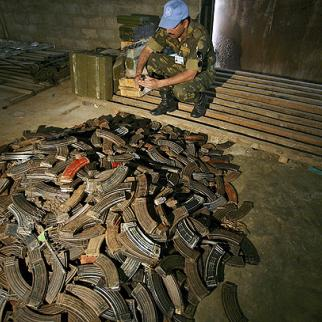 Militia weapons handed in to the UN as part of DRC demobilisation process. (Photo: UN Photo/Martine Perret)