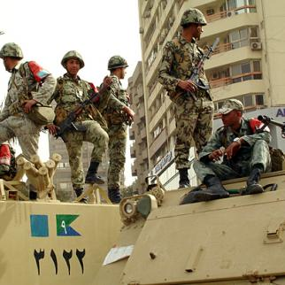The Egyptian army is falling out of favour with the public. (Photo: Zeinab Mohamed/Flickr)