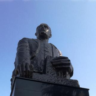 The Statue of Nariman Narimanov in Marneuli. (Photo: Joseph Alexander Smith)