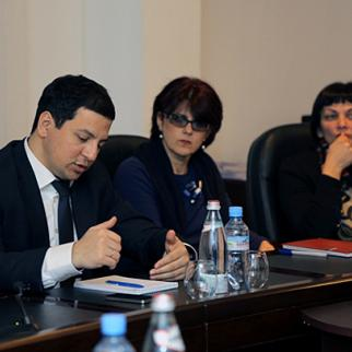 Georgia's deputy prisons minister Archil Talakvadze (left). (Photo: Georgian prisons ministry website)