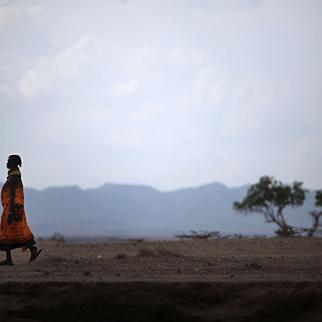 A Turkana woman in northern Kenya. Picture from November 2009. (Photo: Christopher Furlong/Getty Images)