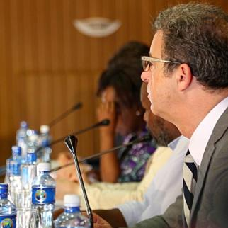 Hague prosecutor Serge Brammertz tells ReportingKenya debate in Nairobi that justice process requires partnership between local and international courts. (Photo: Matthew Rhodes/IWPR)