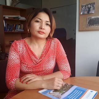 Bishkek-based expert Asel Murzakulova, has studied the issues along the Kyrgyz-Tajik border for several years. (Photo: Timur Toktonaliev/IWPR)