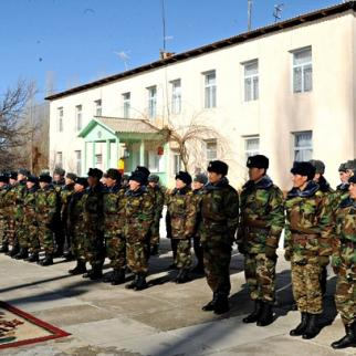 Members of Kyrgyzstan's armed forces on parade. (Photo: Kyrgyz presidential press office)