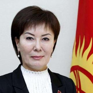 Gulshat Asylbayeva, main initiator of the draft law. (Photo: Kyrgyz parliament's official website kenesh.kg)