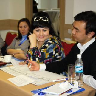 IWPR training sessions for investigative reporters in Bishkek. (Photo: IWPR)