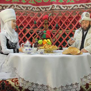 Ozubek Chotonov (right), founder of Marva TV Islamic studio. (Photo: Ayan TV)