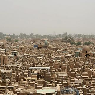 The housing shortage is so severe that some 50 families have sought refuge in Najaf cemetery. (Photo: Kalsem Al-Kaabi)