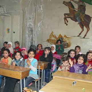 Classroom in a school in Aleppo. (Photo: Mahmoud Abu al-Sheikh)
