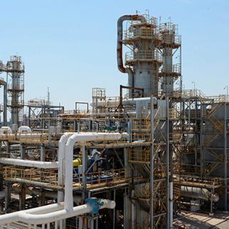 A gas processing plant in Muborak village in the south-western part of Uzbekistan. (Photo: Uzbekneftegaz)