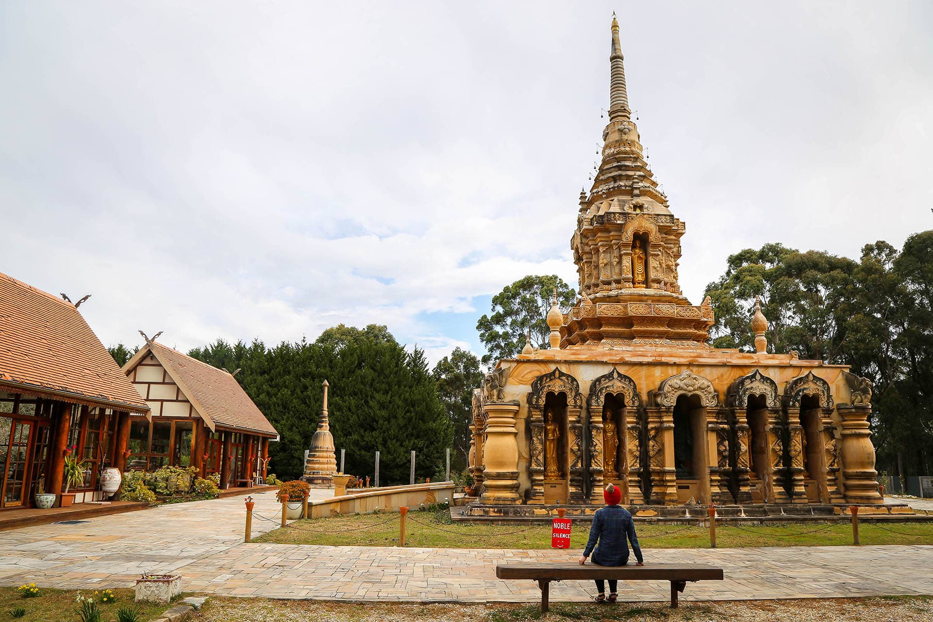 MEDITATION-RETREAT-IN-SYDNEY-SUNNATARAM-FOREST-MONASTERY
