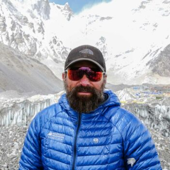 ant-middleton-everest-base-camp