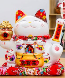New 2019 Maneki Neko Waving Cat