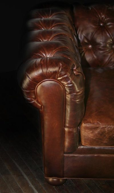 Irving Classic Leather Chesterfield Arm