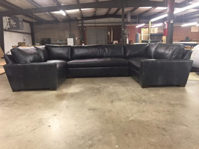McQueen U-Shaped Sectional In Black Leather