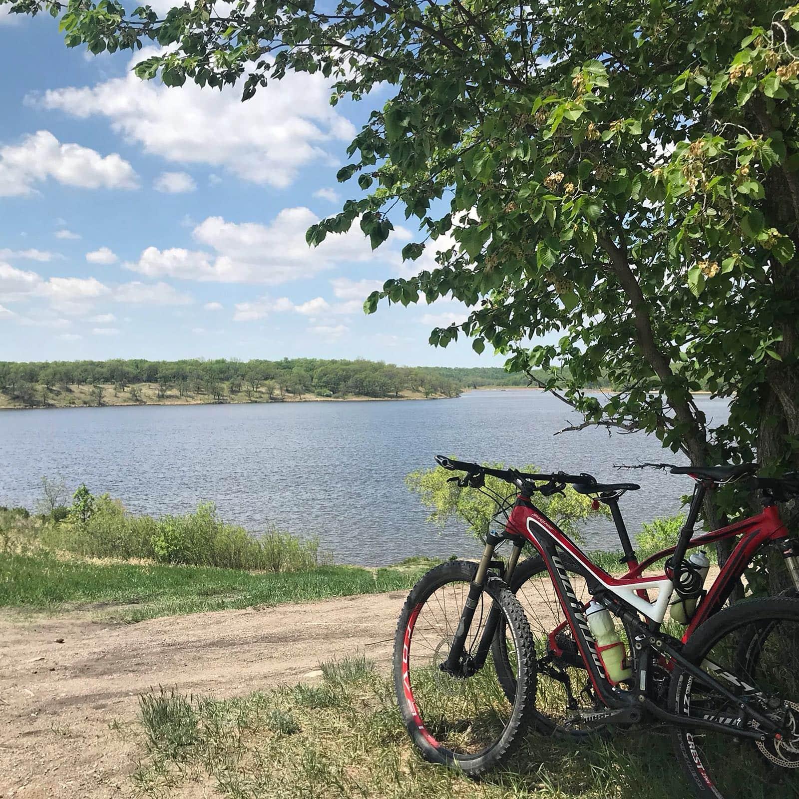 Enjoy the views along Lake Minnewasta