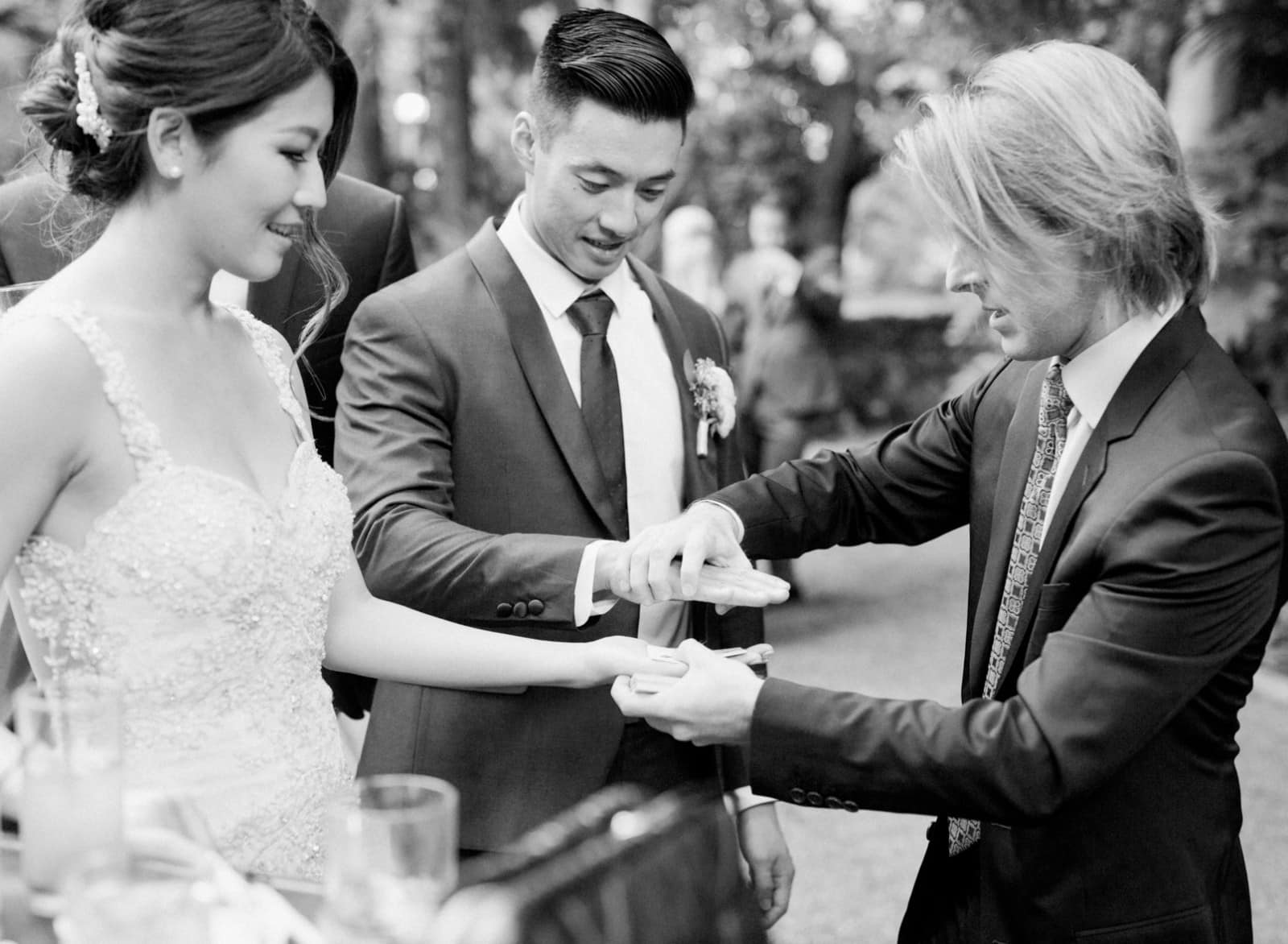 Wedding Magicians For Hire: It's All The Rage in England