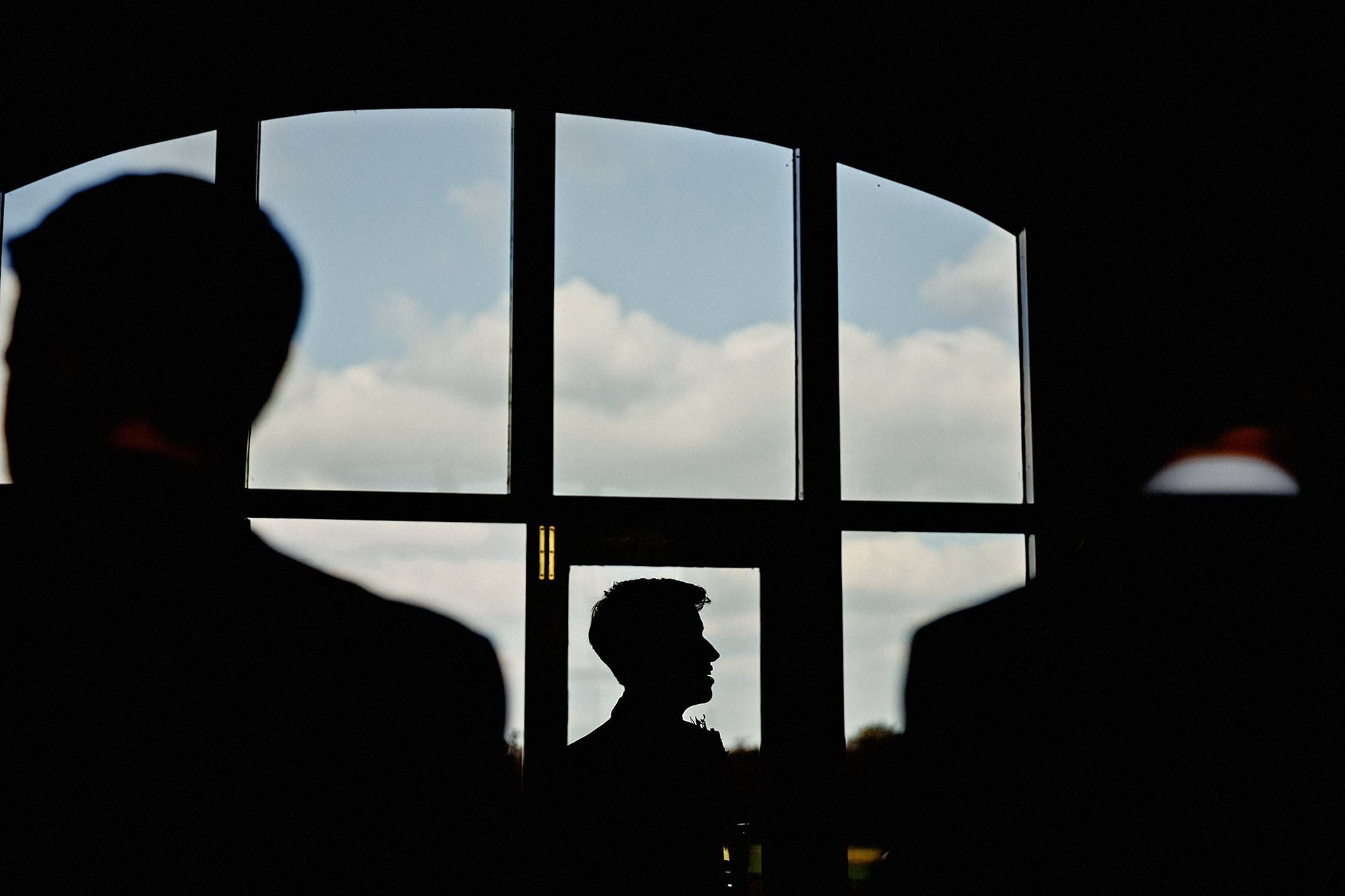 silhouette to show the groom