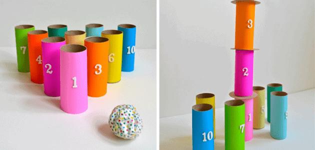 juego-de-bolos con rollos de papel