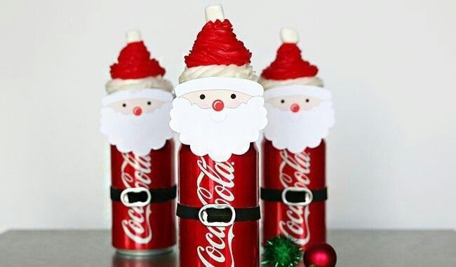 Latas con decorados navideños