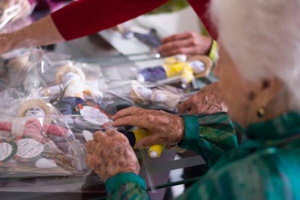 2x1 Kits Tradición con Muñeco Año Viejo 21 cm Propósitos y Deseos   Hecho en Colombia