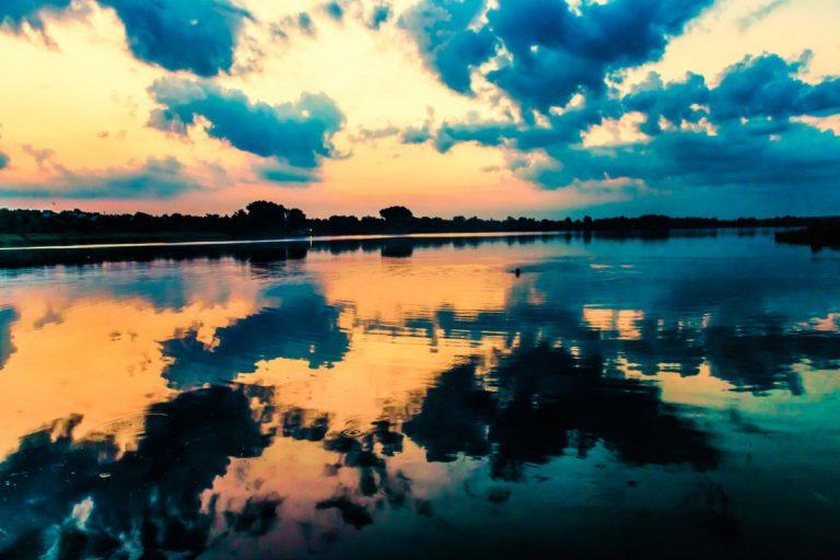 Creation-induced awe in worship
