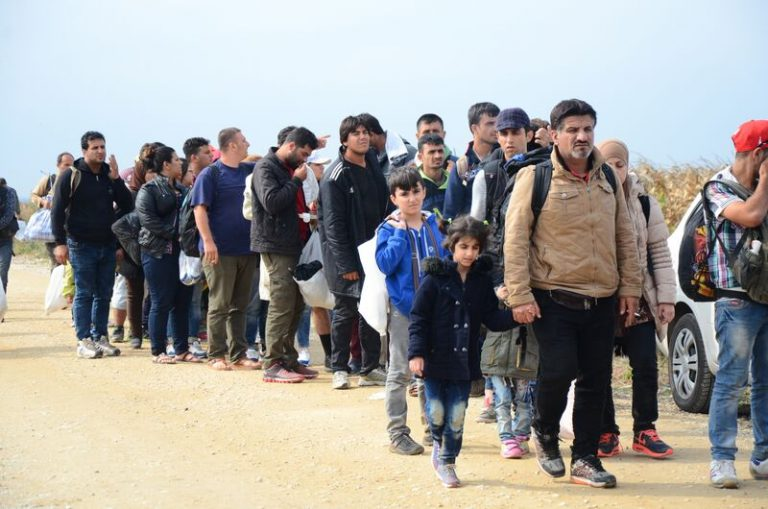 Humanitarian aid crucial for Syrian refugees 'on the edge of life'