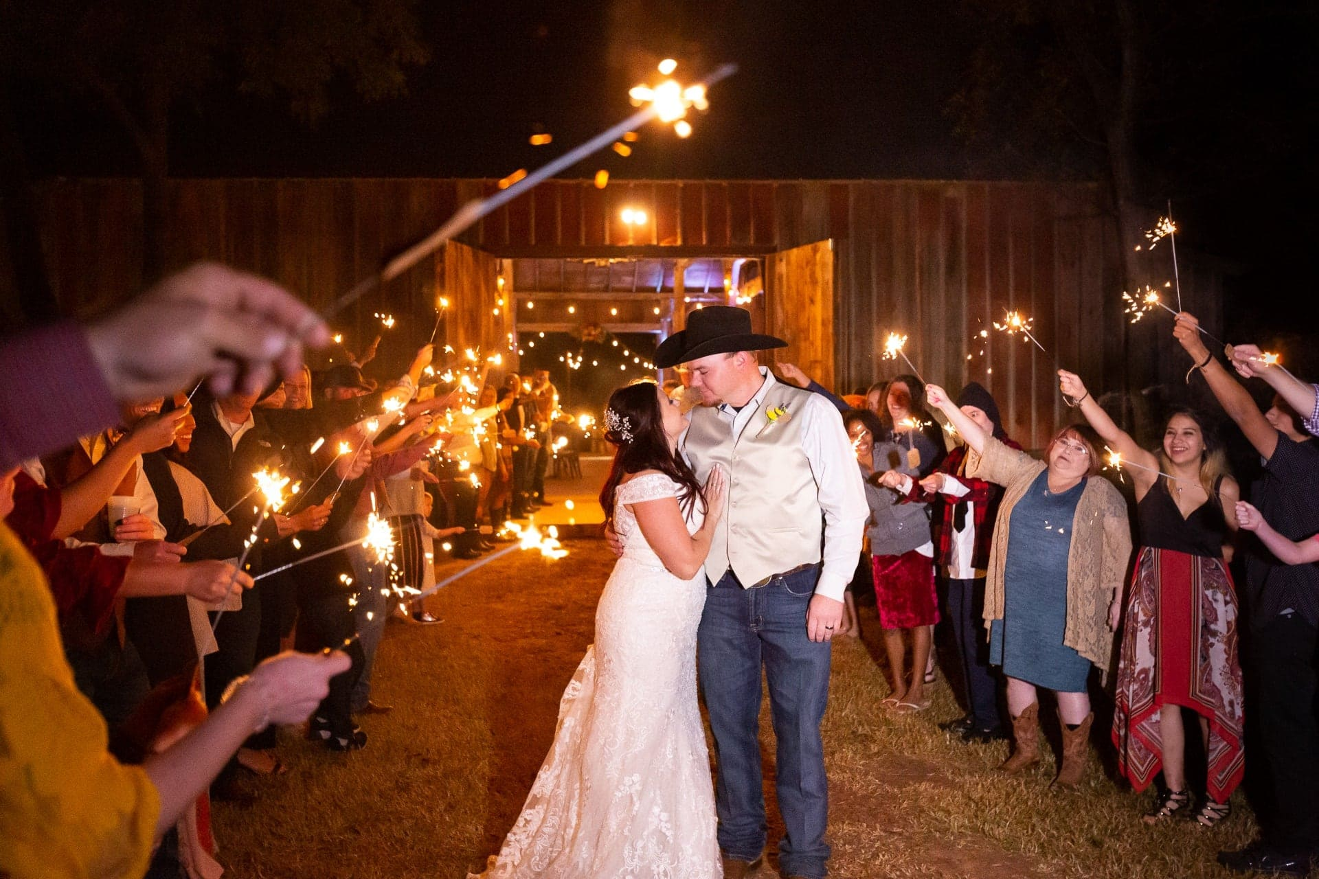 Barn Wedding at Esperanza Ranch | Oklahoma