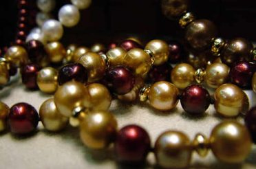 What Makes Pearls Precious?