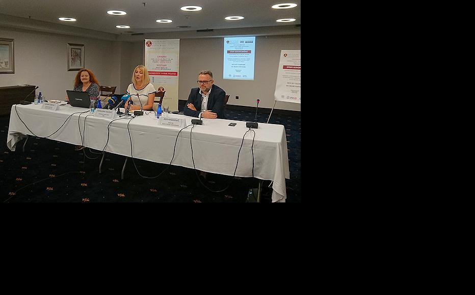 Sarajevo press conference held on 19 June. From L to R, Ljiljana Zurovac, Programme Director at the Press Council of BiH; Merdijana Sadovic, IWPR's Regional Director for Western Balkans; Adis Hasakovic, Director of Media Content Management (Photo: Press Council of BiH)