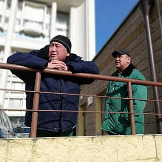 Central Asian migrants in Russia. (Photo: CABAR/IWPR)