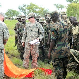 American soldiers from the Georgia National Guard training Ugandan troops, April 2011. (Photo: US Army/Sgt. 1st Class Brock Jones)