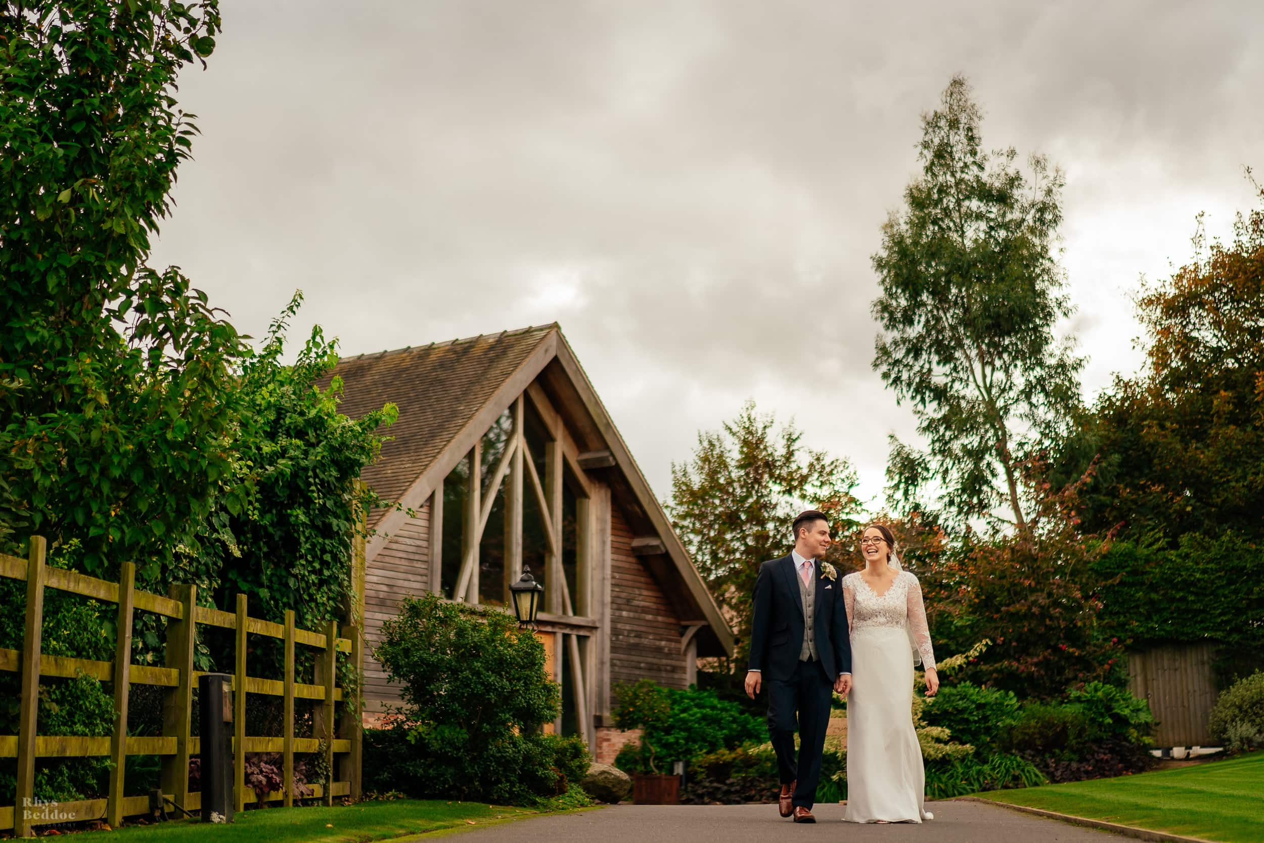 Mythe barn wedding photographer
