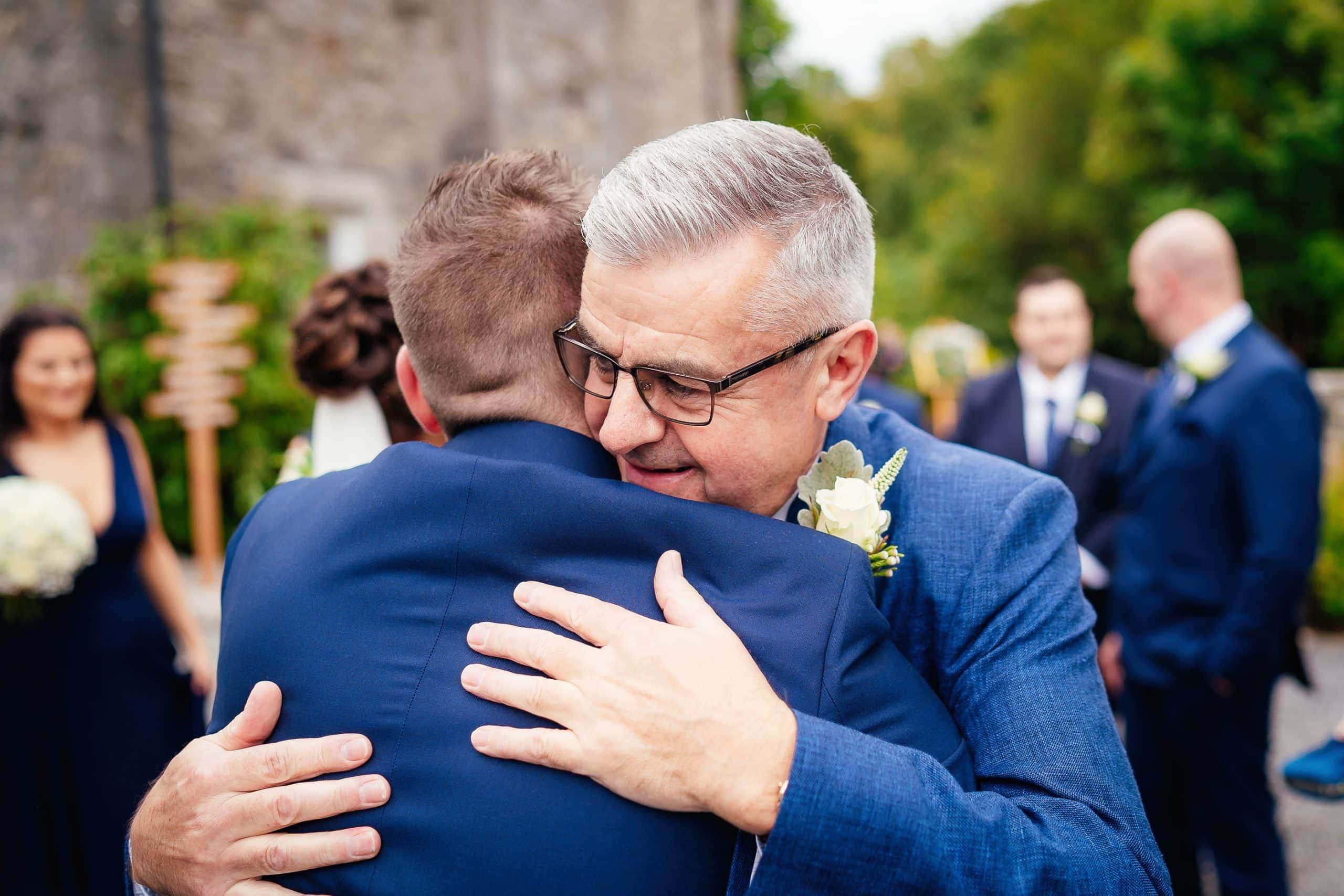 Tros-Yr-Afon-Wedding-Photographer-013