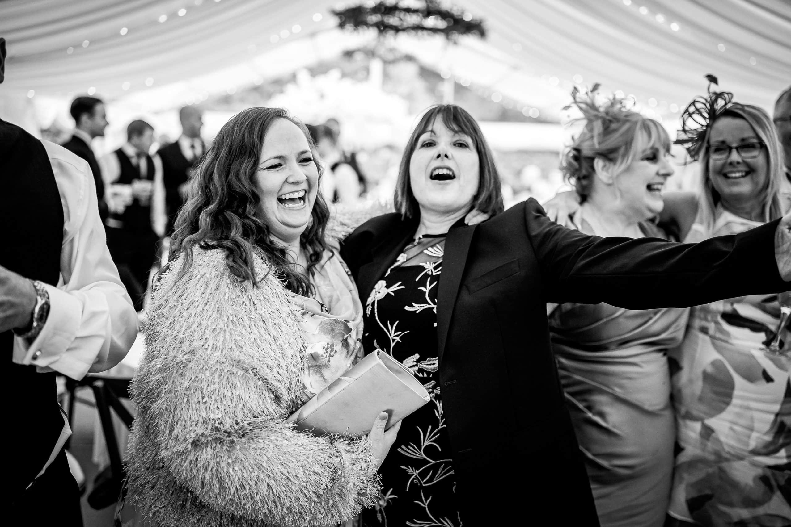 Tros-Yr-Afon-Wedding-Photographer-028