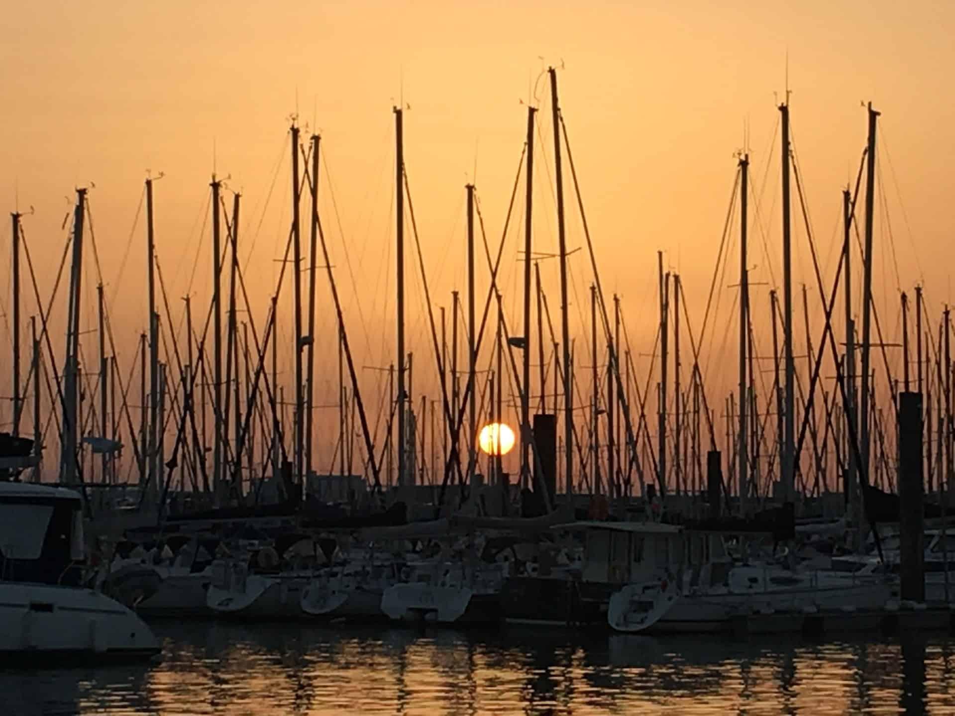 Golden sunset in Port Mimines