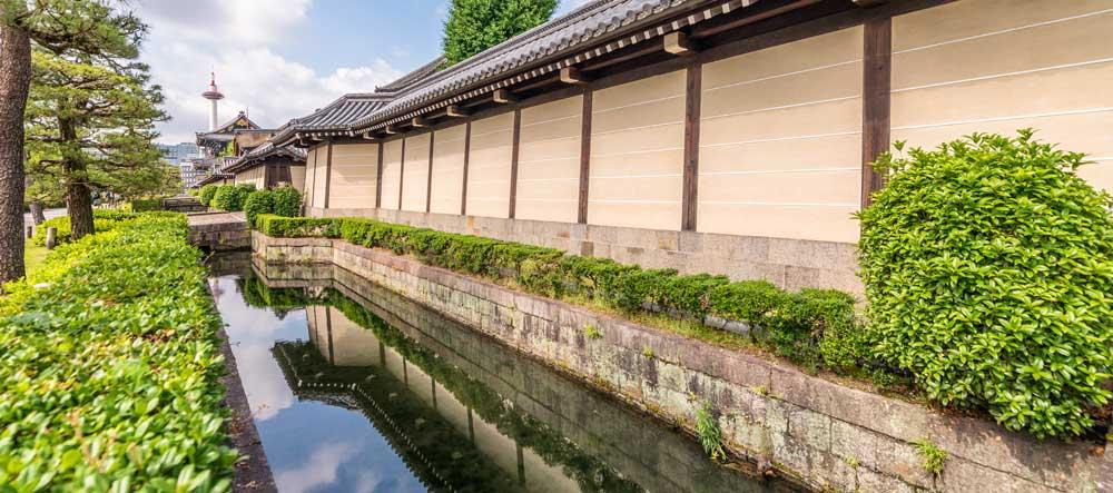 Higashi Hongan-ji Temple in Shimogyo