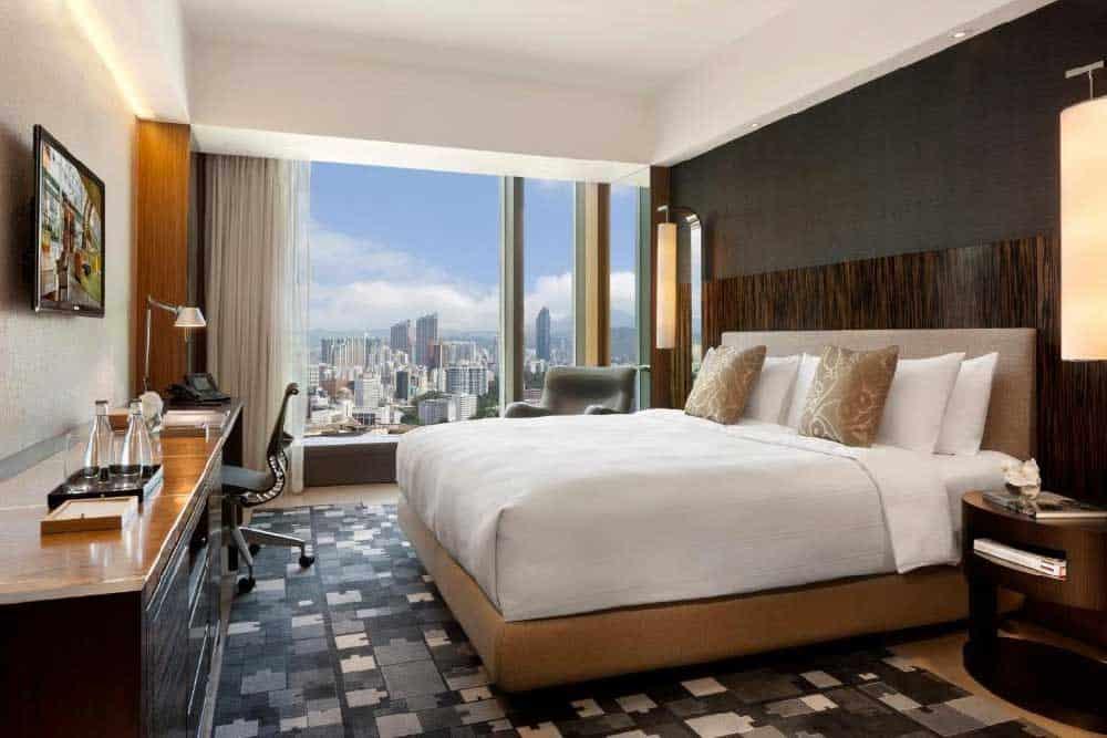 Room @ Hotel ICON in Kowloon, Hong Kong