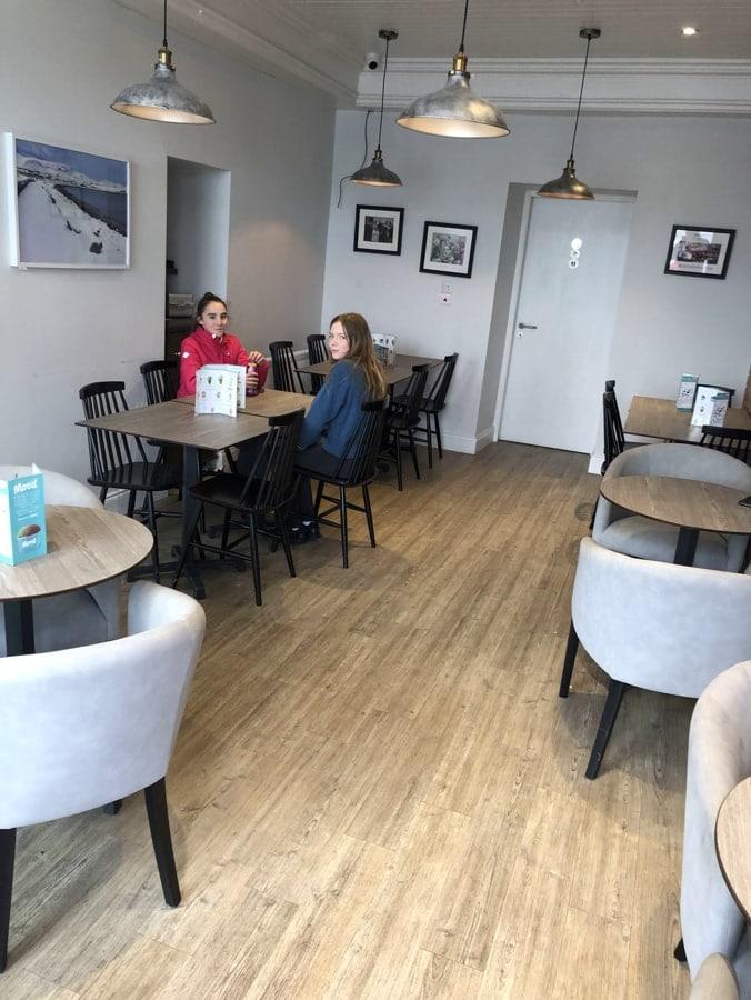 Centra Cafe (2)