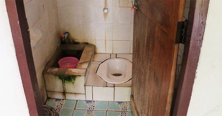 toilet customs culture shock