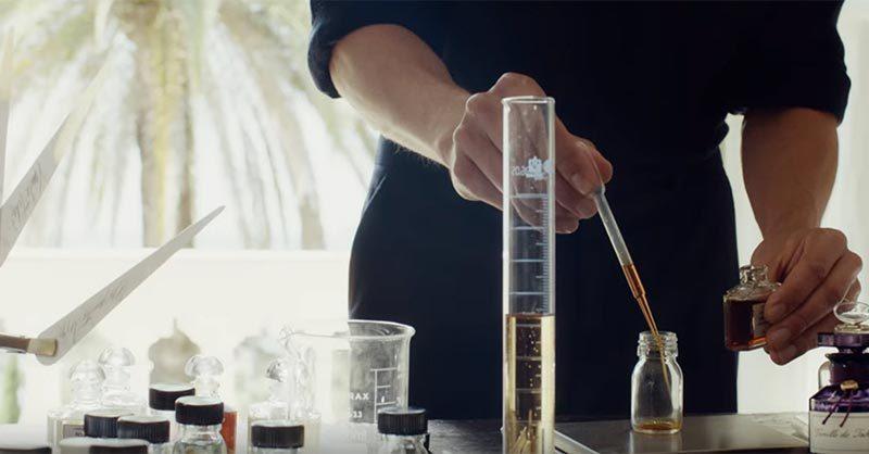 Romantic Paris experiences for couples; perfume workshop