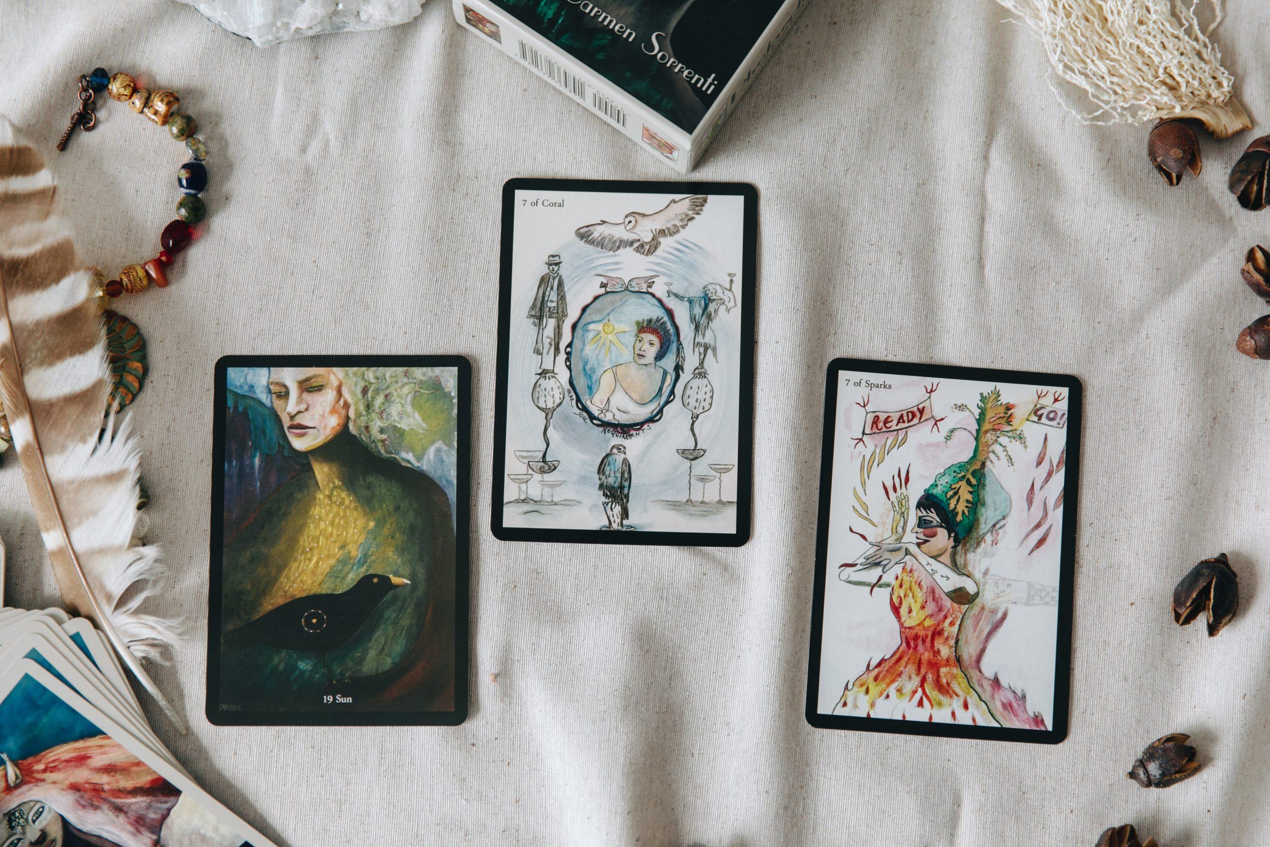 Full Moon in Aquarius July 2021: Zodiac Tarot Reading Girl and Her Moon