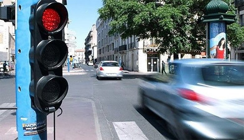 traffic-light-location-france