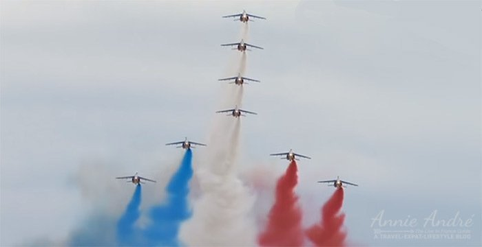Jet figthers at Annual French military parade in Paris on 14th of July (Bastille Day-paris)