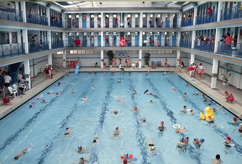 Pontoise art deco public pool in Paris