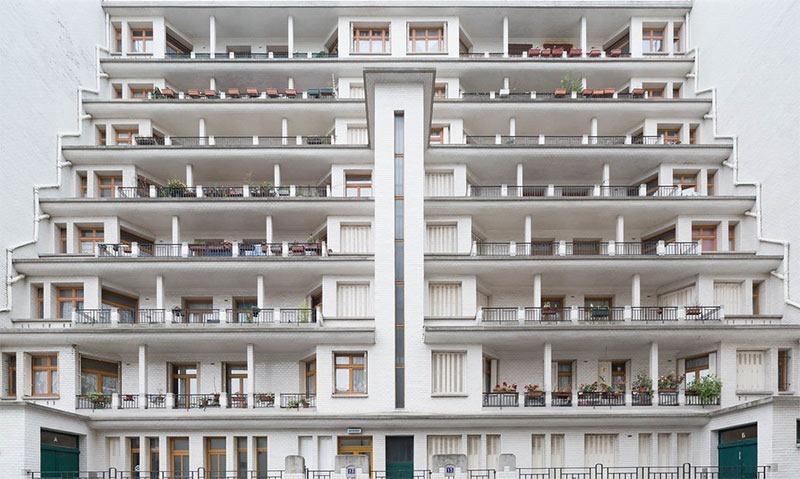 Public pool in Paris: Piscine des admiraux (Admirals pool)