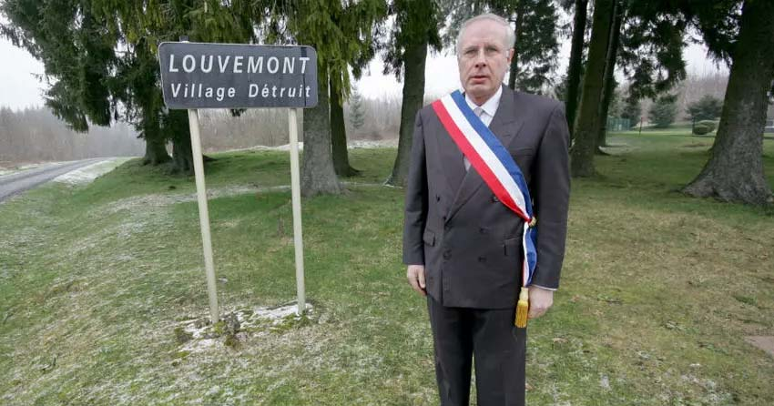 Destroyed French villages with no living people but which have mayors