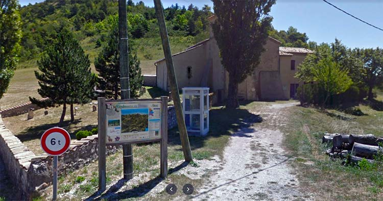 smallest village in France with population of one person
